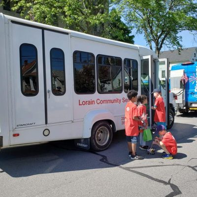 Lorain Community Seniors Offer Free Transportation